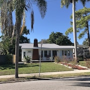 Downtown Bradenton Historic District - Quaint and Quiet