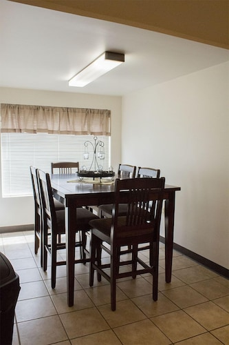 The Anglers Nest is a Spacious 1400 Square Foot, Fully Furnished Apartment