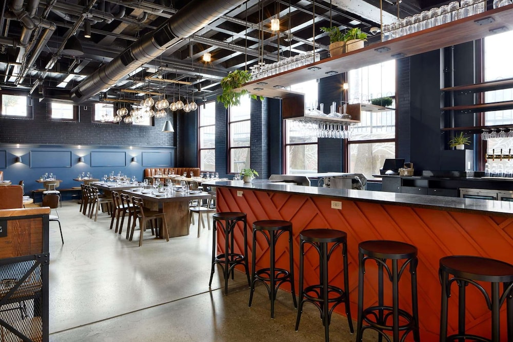 Restaurant, TRYP by Wyndham Pittsburgh/Lawrenceville
