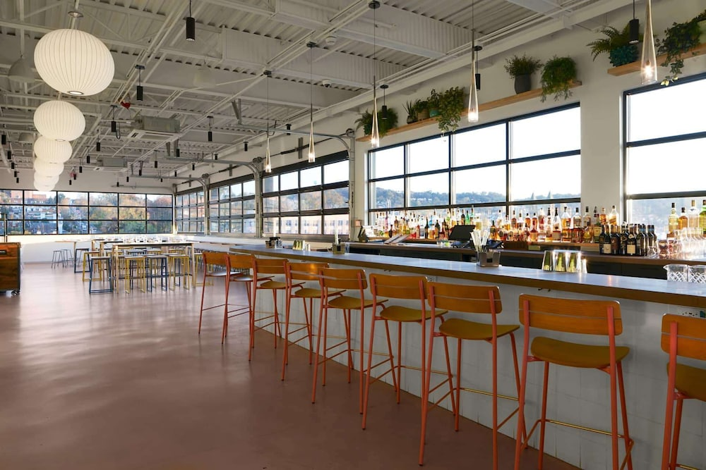 Rooftop terrace, TRYP by Wyndham Pittsburgh/Lawrenceville