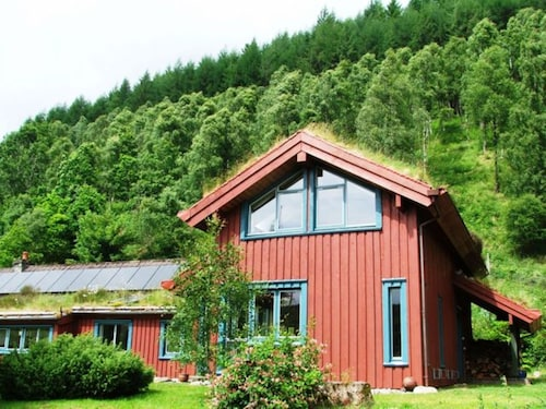 Spacious House in a Spectacularly Scenic Area, Mountains, Forests and Glens