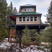 Fire Lookout Tower - One Bedroom Apartment, Sleeps 4