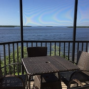 Stunning Corner Condo-sanibel Harbour Unit 431