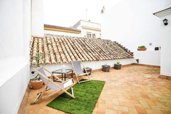 House With 5 Bedrooms in Sevilla, With Furnished Terrace and Wifi