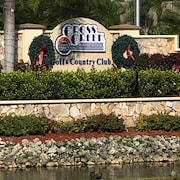 In the Heart of Ft. Myers-updated 2 Bed/2bth Condo