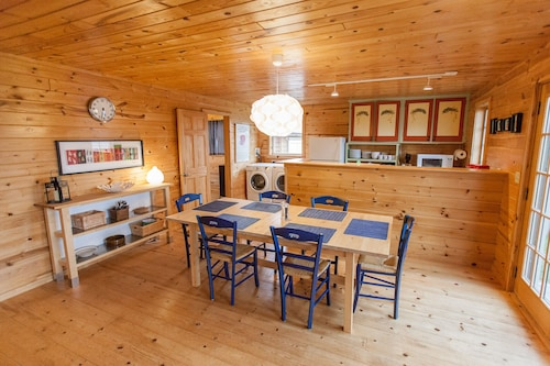 Fantastic House In Grand Marais! Walking Distance To Downtown!