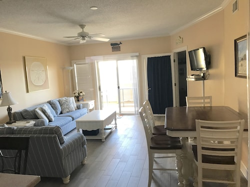 3 BR 2 Bath Condo- Steps to the Beach