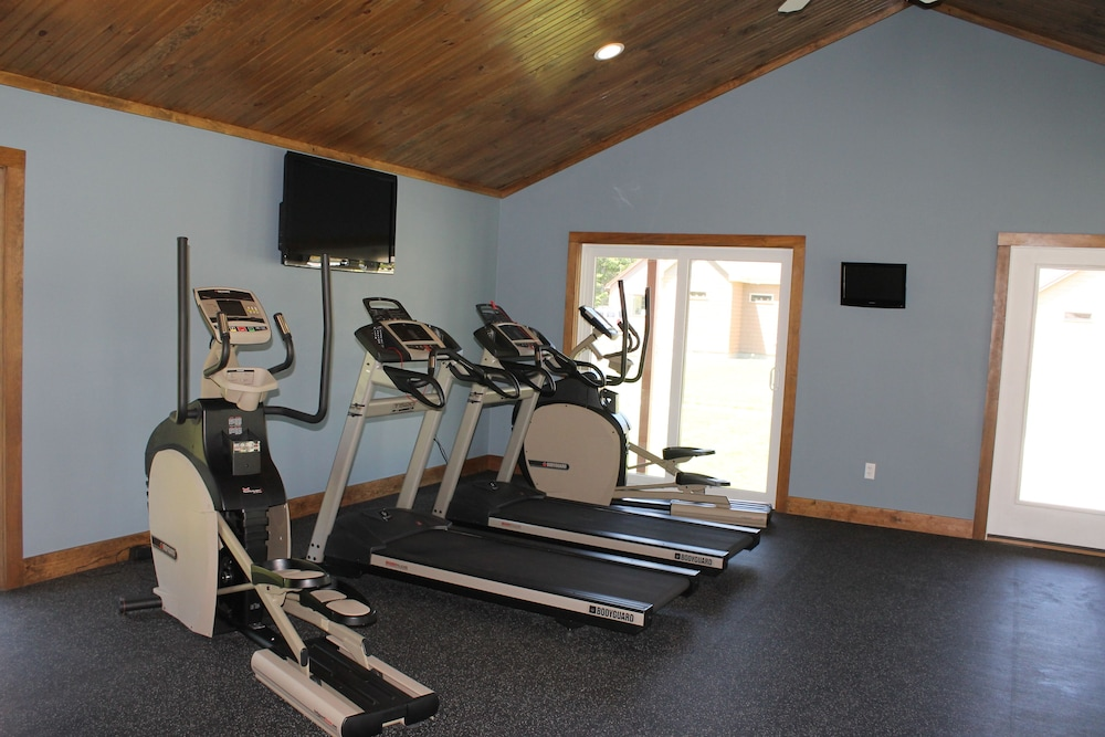 Fitness Facility, Beautiful Summerscape Cottage - Wells Maine