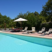 Beautiful Eighteenth mas on Private Grounds 3 ha, 5x12 m Pool, Les Vans 5 Minutes