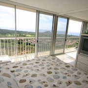 Beautiful One-bedroom Fully Furnished Condo in West Oahu, HI