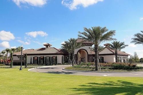 6020 14 Bedroom Mansion Near Disney In Orlando Hotel Rates Reviews On Orbitz