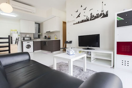 2 Bedroom Luxury Stay City View