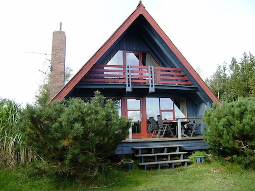 Lovely Holiday Home w/ Beautiful Fiord View. Free Wi-fi. Near Sillerslev Harbor