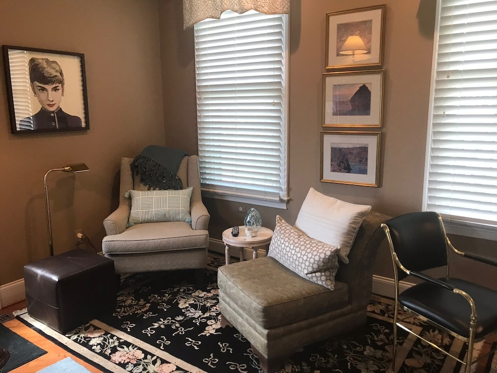 Room, Stylish Private Suite in the Heart of Brandywine Valley