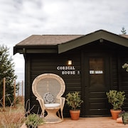 Cordial House - Private Oceanside Cottage, Just Minutes From Cavendish!