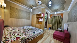 Individually decorated, blackout curtains, free WiFi, wheelchair access