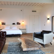 Independent Hotels Cheap Usclas Du Bosc Independent Hotel