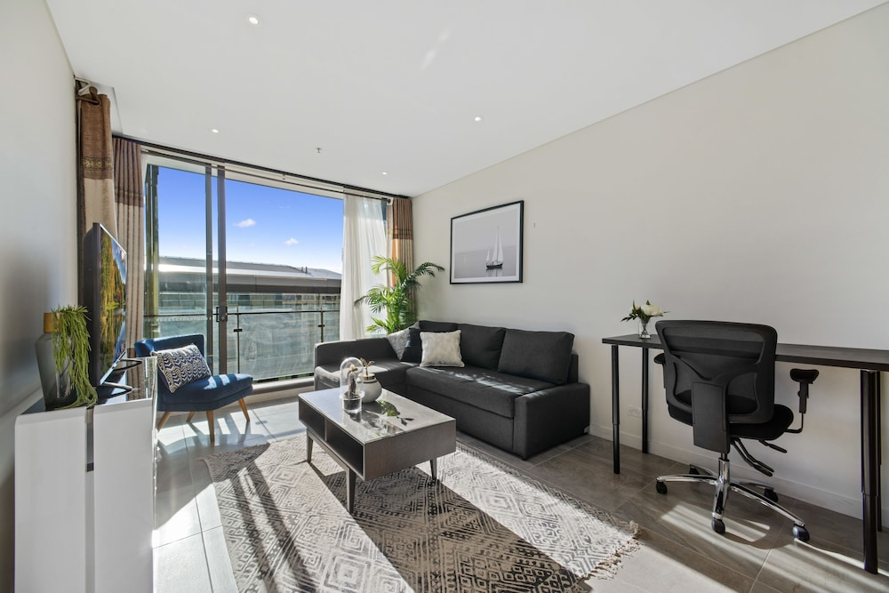 Full Darling Harbour View Luxury 2 Bedroom Apartment Sydney Aus Best Price Guarantee Lastminute Com Au