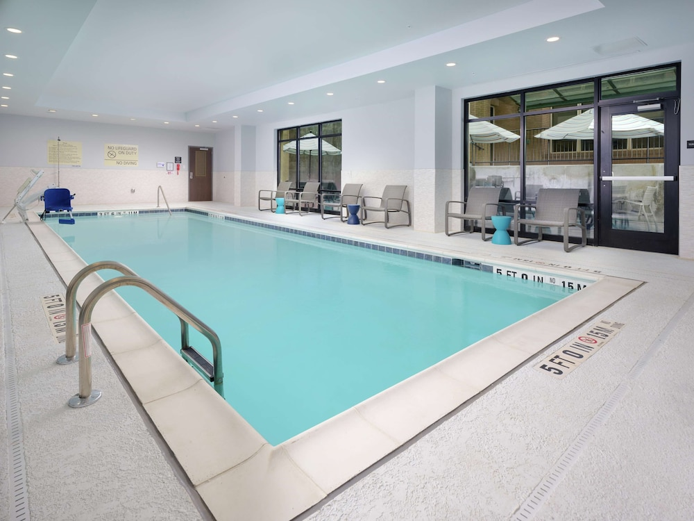 Pool, Hampton Inn & Suites Atlanta Decatur/Emory