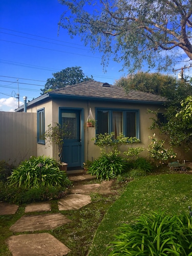 Gartenbungalow in Santa Monica. Privat, Ruhig und Hell