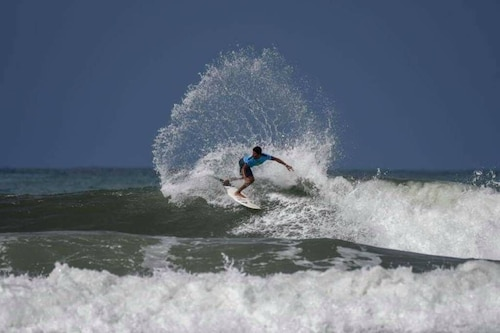 Costa Rica Paradise, Surfers Heaven , Steps From the Beach