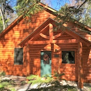 Welcoming Pet-friendly Cabin in Green Mountain Nat'l Forest