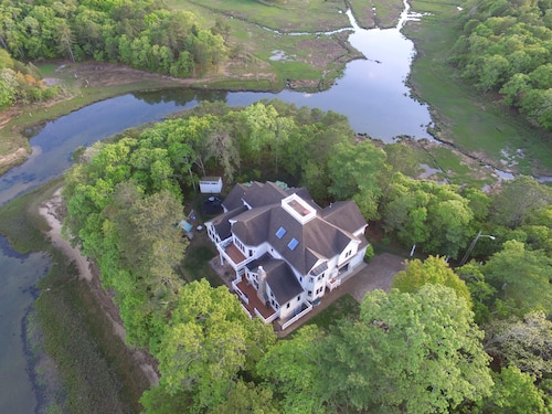 Secluded Waterfront Home - Book Summer Vacation Now!