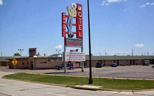Great Place to stay Western Holiday Motel near Wichita