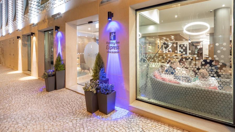 Holiday Inn Express Lisbon - Plaza Saldanha, an IHG Hotel