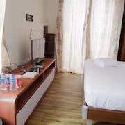 Minimalist Studio Room Saveria Apartment near AEON Mall & ICE BSD