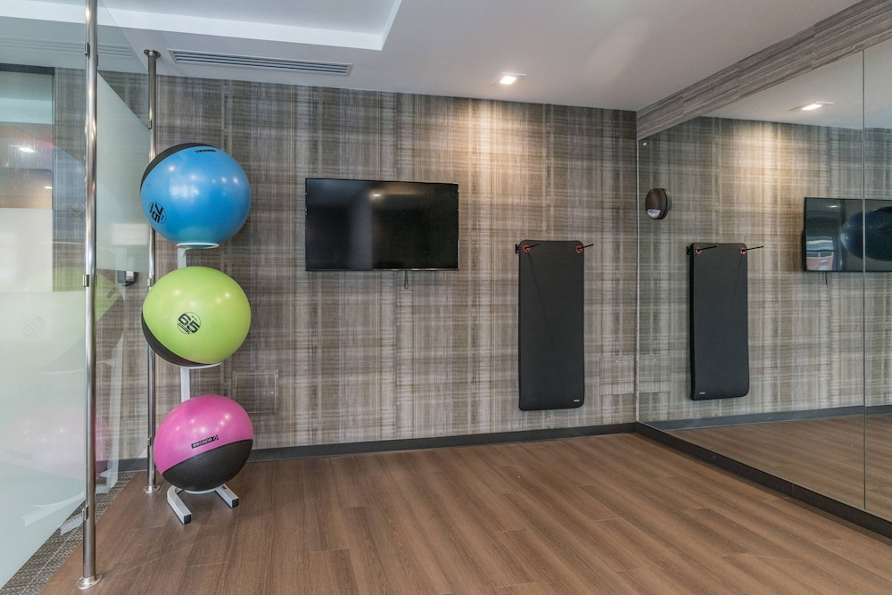 Fitness Facility, Courtyard by Marriott West Springfield