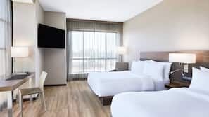 特厚豪華床墊、房內夾萬、書桌、窗簾
