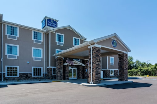 Cobblestone Hotel and Suites Torrington