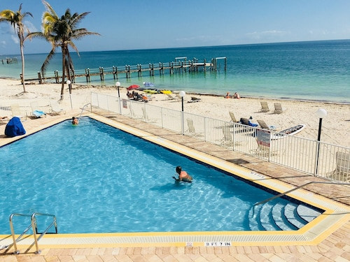 PS Sandy Beach, Pool View, Dock, Wifi, Tennis, Jacuzzi, Arrive any Day, Tropical