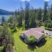 San Juan Island Beach House, Waterfront Lodging Just Minutes From Roche Harbor!
