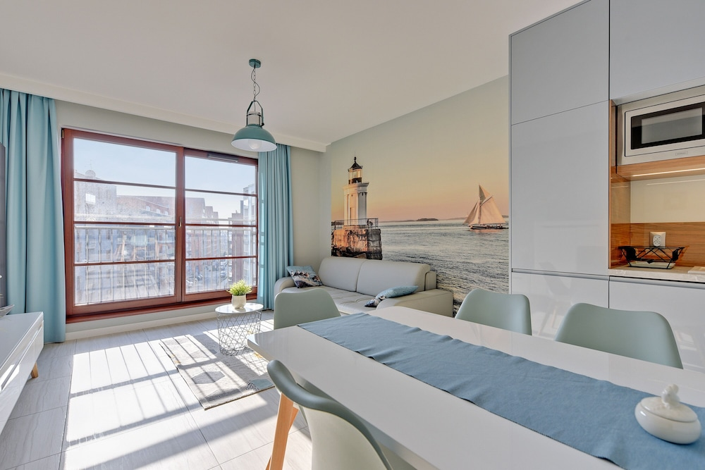 Viva Home Comfort >> Viva Motlawa One By Downtown Apartments In Gdansk Hotel