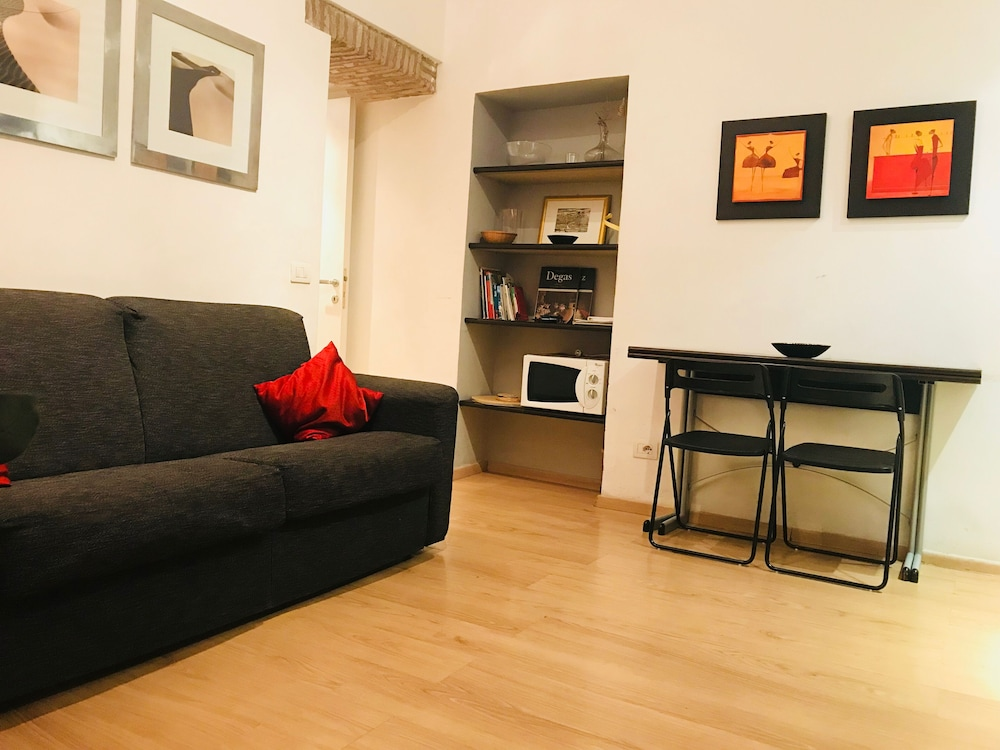 Rome: Self Catering Apartment - Last Minute - Rome ...