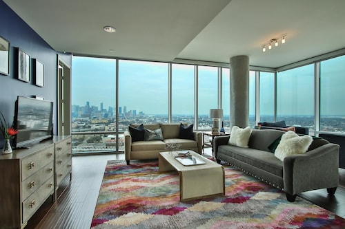 Check Expedia for Availability of Breathtaking 2BR w/ Pool in Museum District