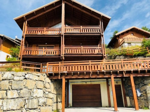 Apartment 3p in Recent Chalet