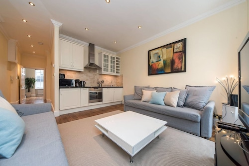 PML Exclusive Apartments Piccadilly