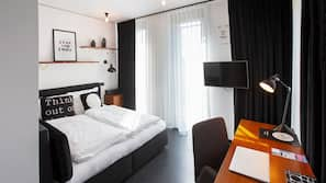 Allergikerbettwaren, Zimmersafe, Schreibtisch