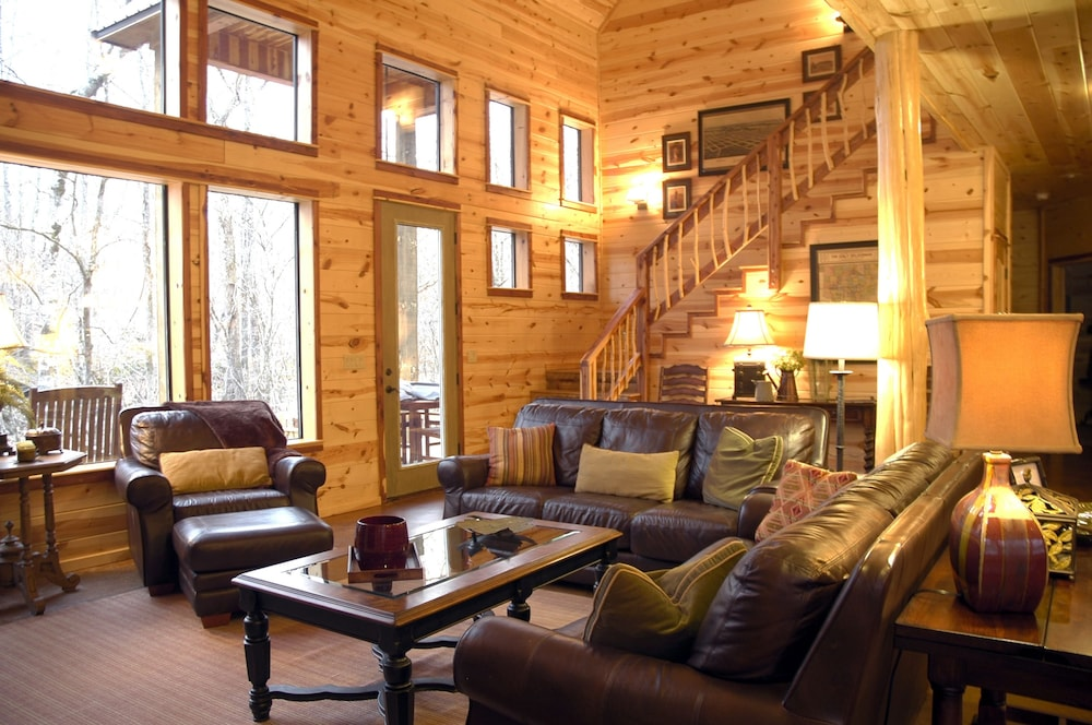 Featured Image, Creekside Lodge Broken Bow - 3 Br Cabin
