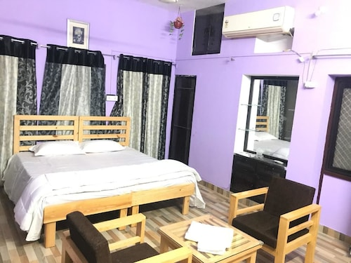 Parmanand Homestays