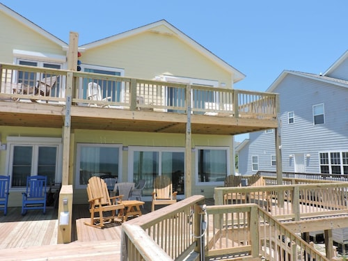 Great Place to stay A Southern Exposure East Duplex 3 Bedrooms 3 Bathrooms Duplex near Emerald Isle