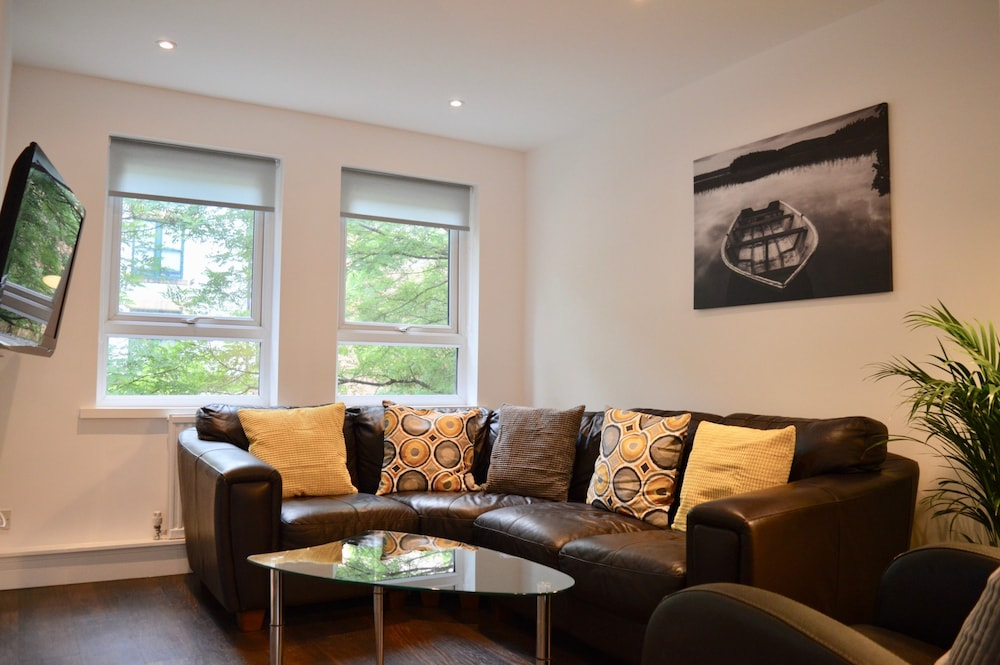 Modern 3 Bedroom House in Northen Quarter in Manchester | Hotel ...