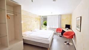 저자극성 침구, 다리미/다리미판, 무료 WiFi, 침대 시트
