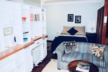 Cosy Studio in Cape Town City Centre
