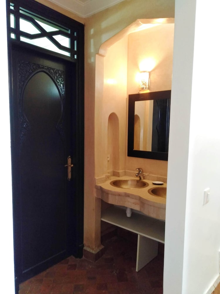 Bathroom, Charming Villa in the Heart of the Palmeraie Marrakech