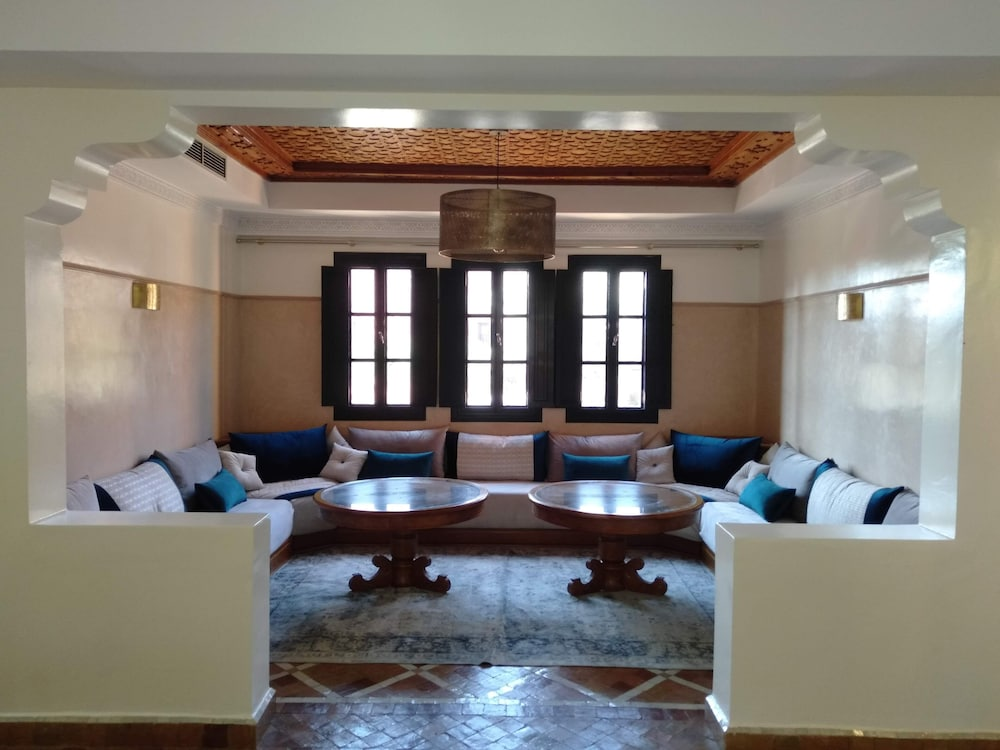 Living Room, Charming Villa in the Heart of the Palmeraie Marrakech