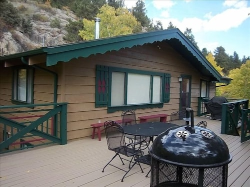 Sleeps UP TO 10 , Stunning Views, National Forest, Close TO Estes